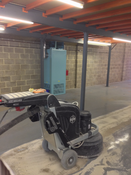 With The Right Equipment Epoxy Paint Removal Is A Straightforward Process.  We Carry Out This Process Domestically And Commercially.